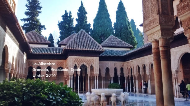 La-Alhambra, Granada, Andalusia, Spanyol. Dokumen pribadi saat jalan-jalan musim dingin 2014.